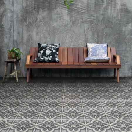 Braga Black Tiles