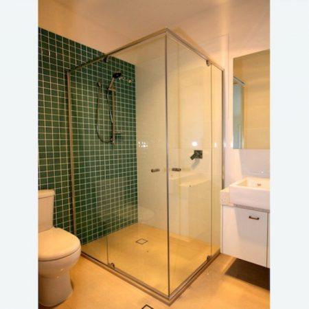 custom deluxe semi-framed shower screens